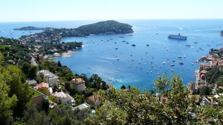 The motorbike route from France and Monaco to the Alps