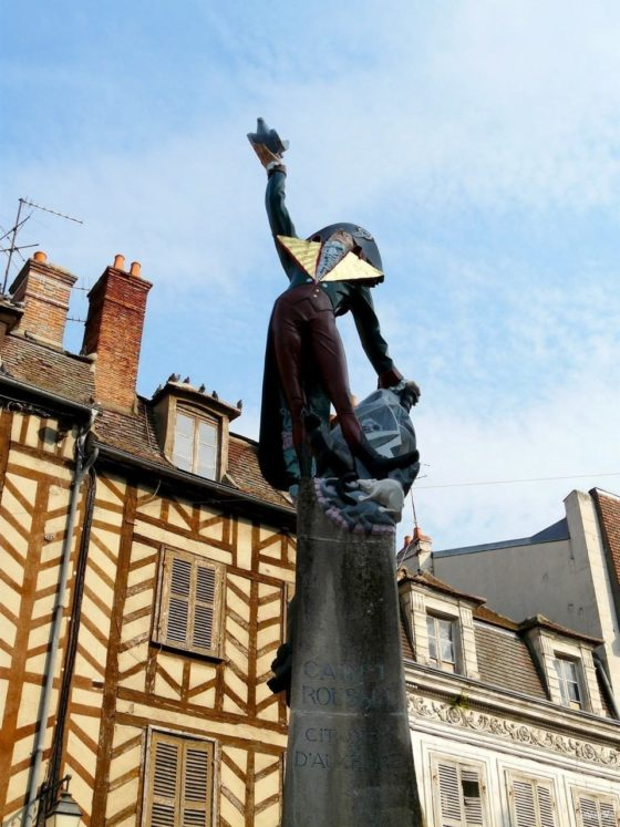 Sculpture of the French artist François Brochet, Place Surugue, Auxerre