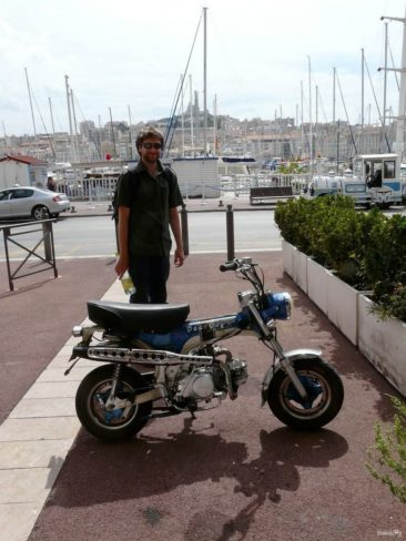 A little motorbike in Marseilles