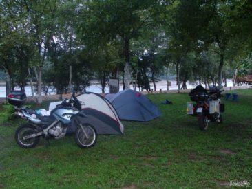 Pole namiotowe w Serbii