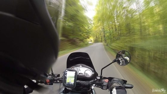 Droga Stu Zakrętów motocyklem