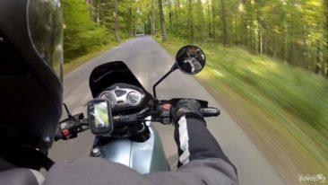Droga 100 zakrętów na motocyklu