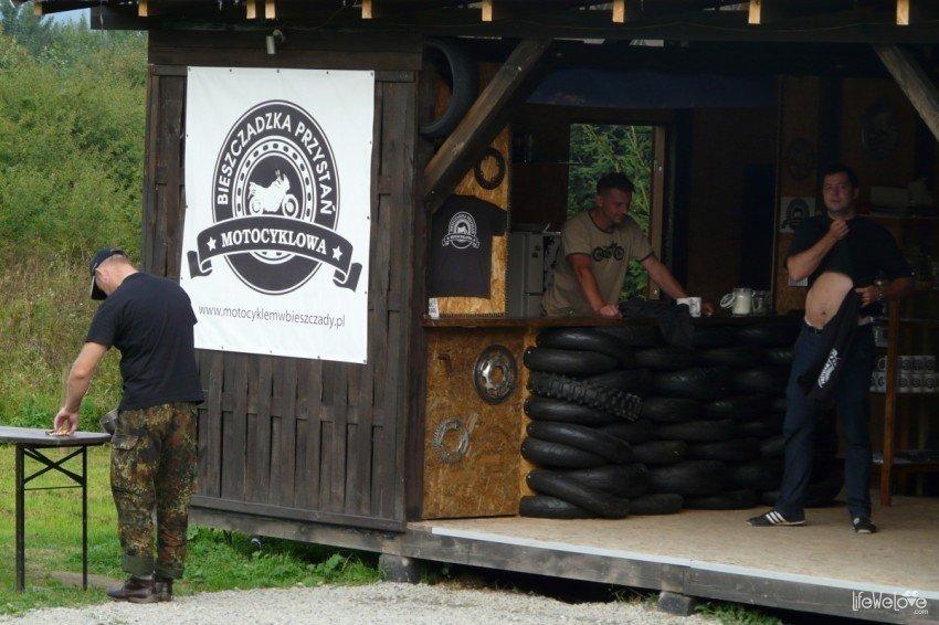 Bar w Bieszczadzkiej Przystani Motocyklowej