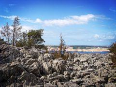 Wyspa Pag - kamienie