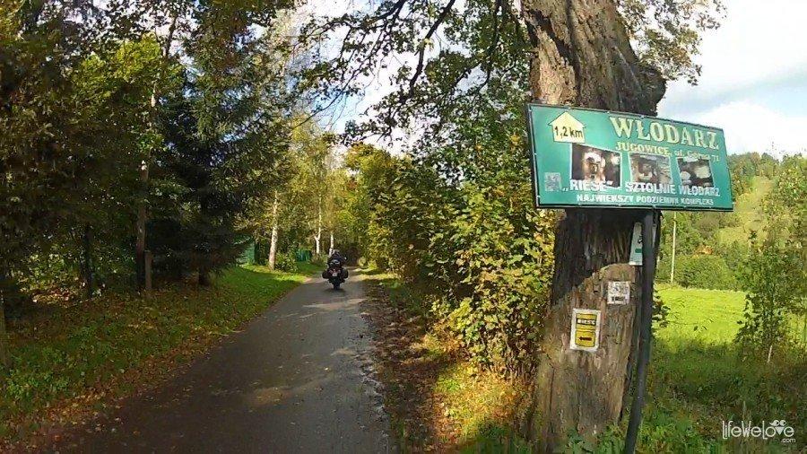 Droga do kompleksu Włodarz