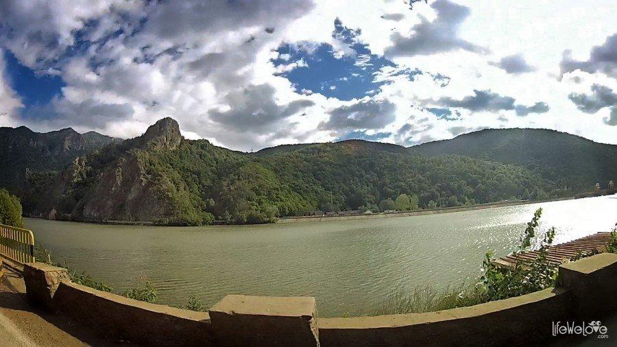 Przełom rzeki Aluty