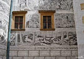 Sgraffitowe dekoracje na ścianie zamku Frydlant