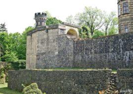 Mury na zamku Frydlant