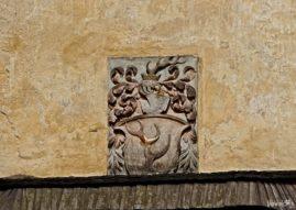 Herb na ścianie zamku Frydlant