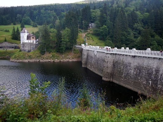 Dam in Spindleruv Mlyn