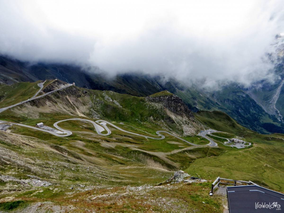 The road on the Grossglockner