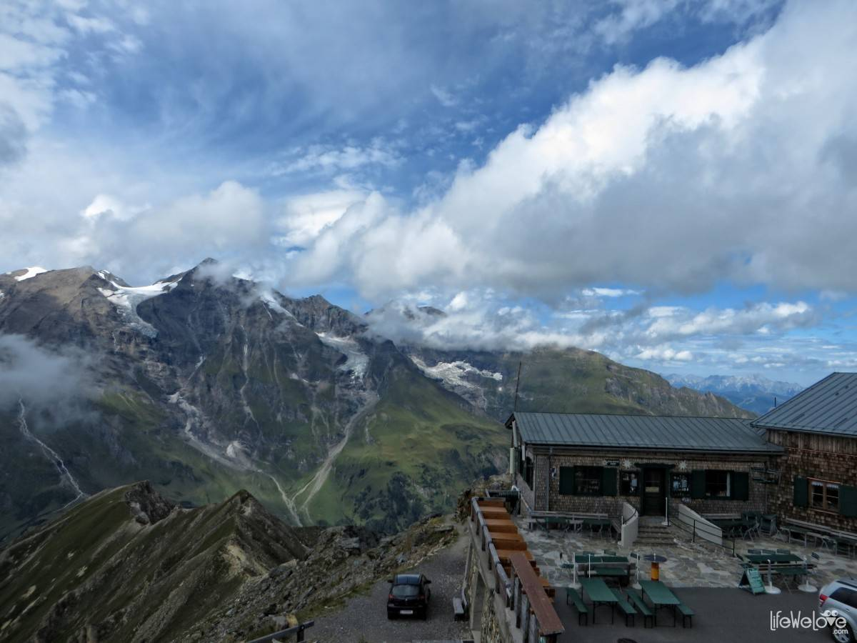 Panoarama of the Alps on the Grossglockner