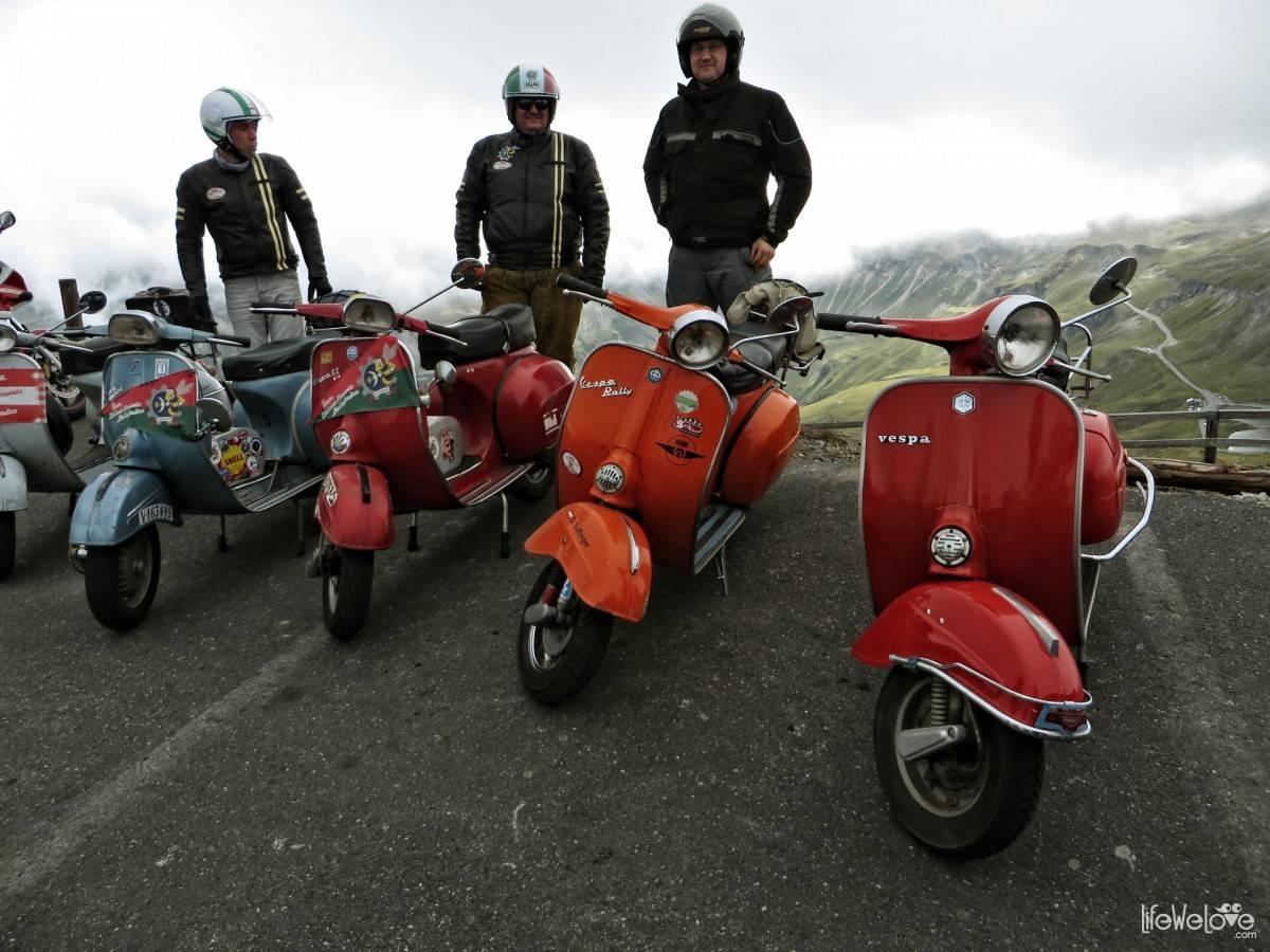 Scooters on the Grossglockner