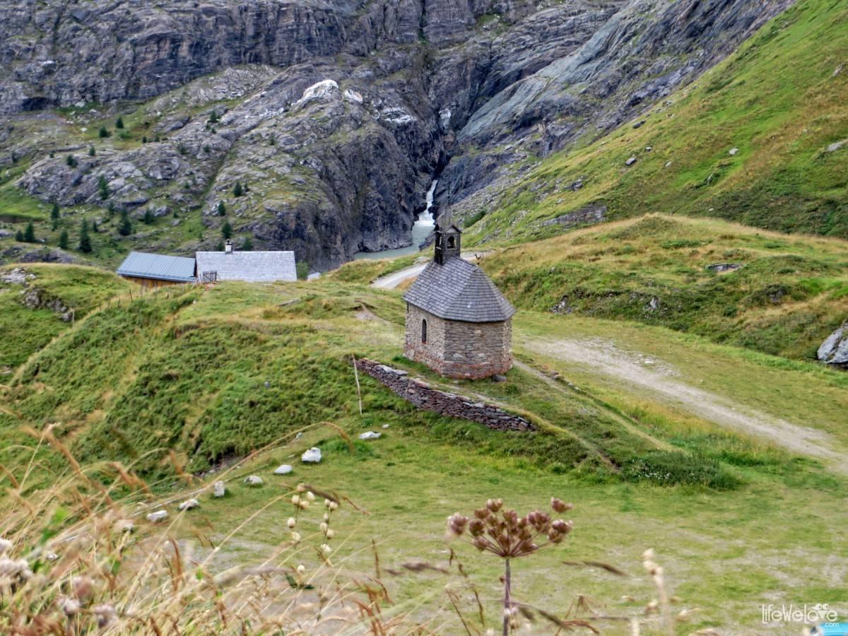Little chapel on the Grossglockner road