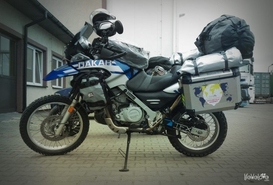 F650 GS Dakar ready for the expedition