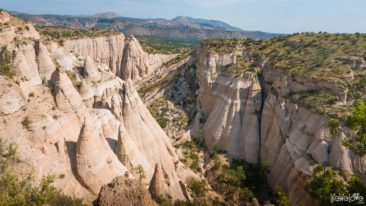 tent-rocks-landcsape-view