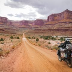 The White Rim Road, the epic 100 miles through the desert in Utah