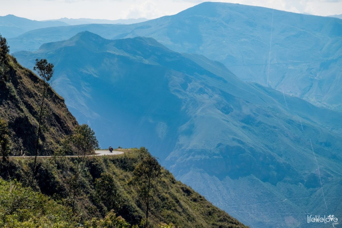 The road from Chachapoyas to Cajamarca