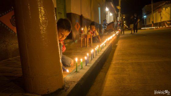 To nie sen, to Dia de las velitas w Kolumbii – spacer po mieście tysiąca świec