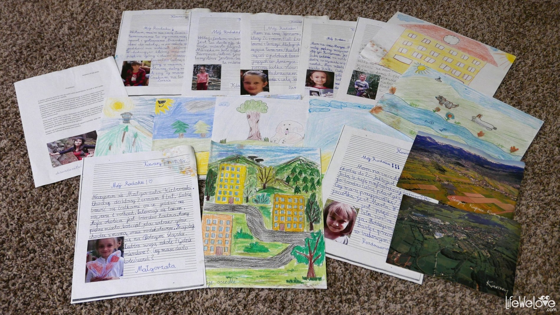 Letters from Polish children for Polish kids living in the US