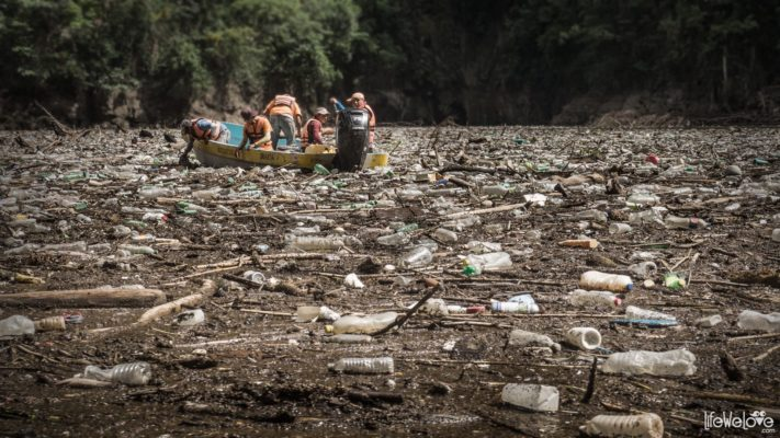 Sumidero Canyon, the river of trash